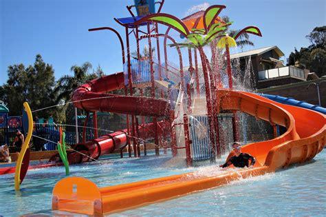 Big4 Easts Beach Holiday Park  Caravan Parks  30 Ocean