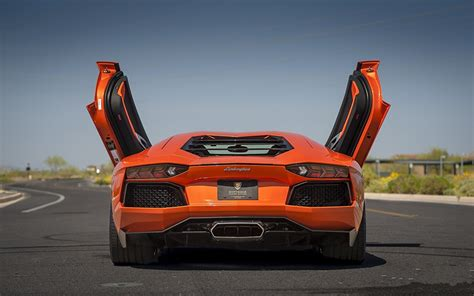 desktop wallpapers lamborghini aventador lp  luxurious