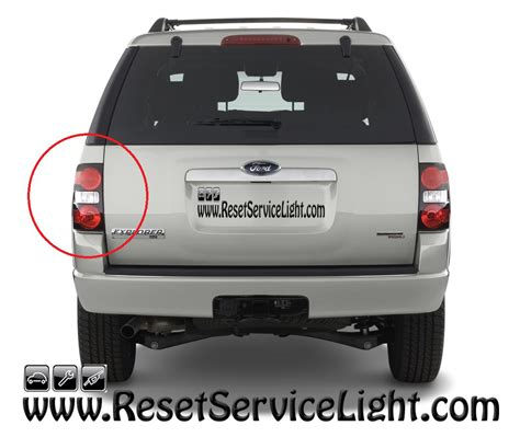 2006 ford explorer tail light how to change the tail light assembly on ford explorer