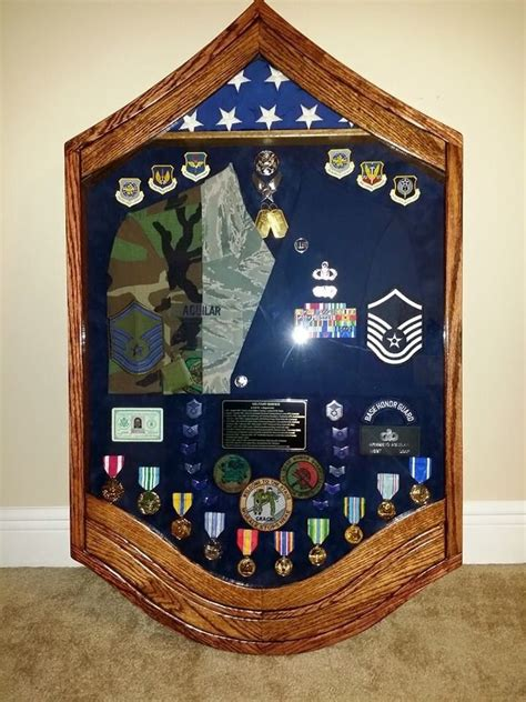 With nearly 100 items marked below $10, there is something for every us navy vet, retiree, family member, and enlisted personnel! 48 best Military Retirement Parties images on Pinterest ...