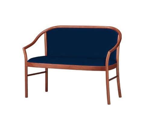 divanetti in legno divanetto classico in legno di faggio per sale d aspetto