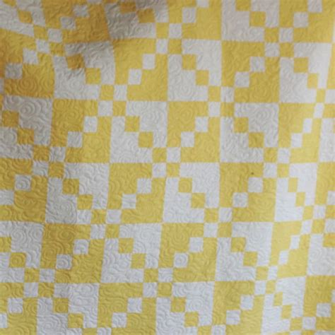 two color 25 best ideas about two color quilts on