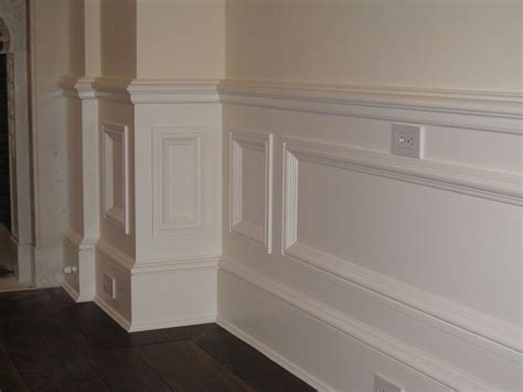 Panel Molding Wainscoting by Best Images About Wainscoting Styles Ideas For Your Home