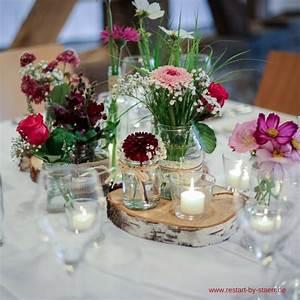 Eine Speise Mit Einem Ländernamen 94 : hochzeit in einer alten scheune f r die tische haben wir birkenscheiben s gen lassen dann ~ Buech-reservation.com Haus und Dekorationen