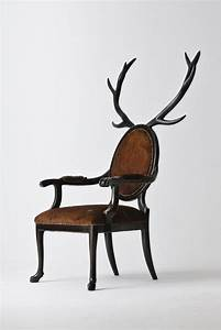 Unique and elegant chair in zoomorphic design hybrid for Elegant chair design