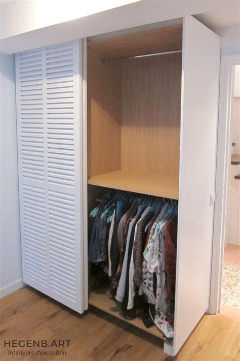 placard moderne chambre placard sur mesure contemporain avec porte persienne by