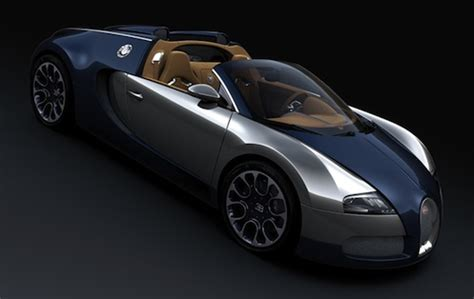 The bugatti veyron simply annihilates the distance between corners with very little pressure from should the system drop two or three gears, 1,250nm of torque suddenly tries to escape through the. Rare Bugatti Veyron spotted in the supercar capital of the world | Torque News