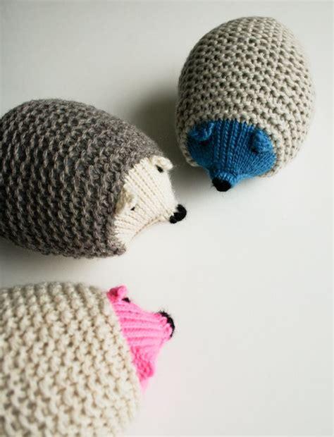 Free Pattern Knit Hedgehogs