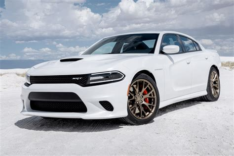 Video 2015 Dodge Charger Srt Hellcat Price Announced