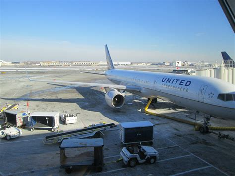 United Airlines 757 Premium Service Review Between Jfk And