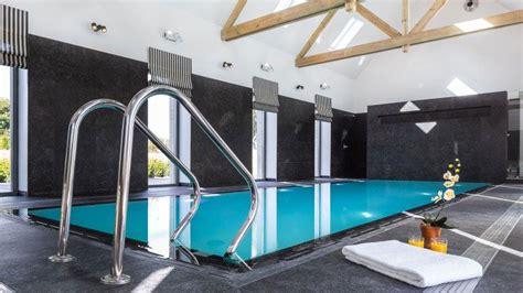 chambre d hotes piscine interieure piscine intérieure par l 39 esprit piscine