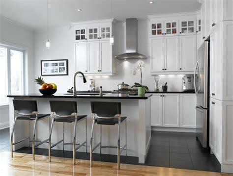cuisine et blanc blanc un retour cuisine bois quartz