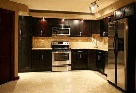 idee couleur cuisine ouverte cuisine exemple de cuisine ouverte avec gris couleur