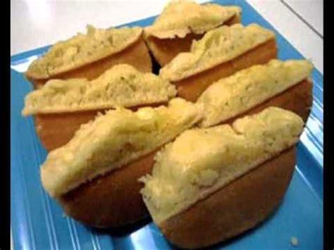Ganti choco chip dengan segenggam coconut flakes (serutan kelapa). Resep Kue Pukis Enak dan Empuk - YouTube