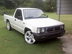 1992 Mitsubishi Mighty Max Pickup - Pictures
