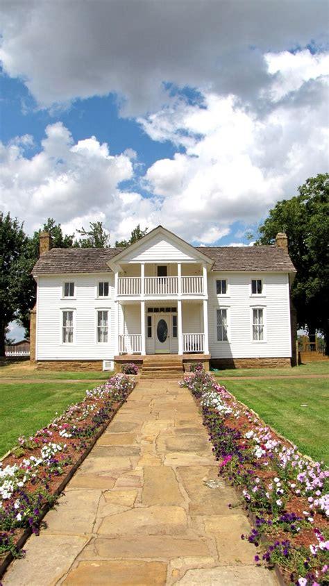 blake shelton oklahoma birthplace 42 best farm ranch attractions oklahoma agritourism