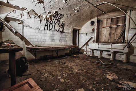 basement door proj3ctm4yh3m exploration urbex bramham house