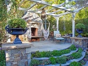 garten sitzecke 99 ideen wie sie ein outdoor wohnzimmer With französischer balkon mit überdachung sitzecke garten