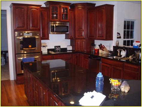What Color Granite Goes With Cherry Cabinets Www