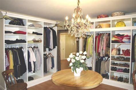 Convert Closet by Convert A Small Bedroom Into A Walk In Closet Dressing