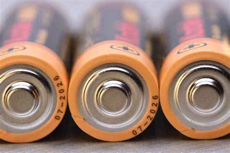 scientists  graphite electrodes  advance rechargeable aluminium batteries