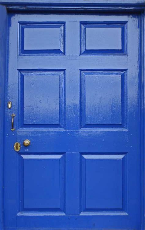comment poser un plan de travail dans une cuisine comment poser une porte d 39 entrée en bois