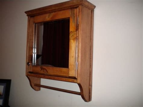 Good Rustic Medicine Cabinet