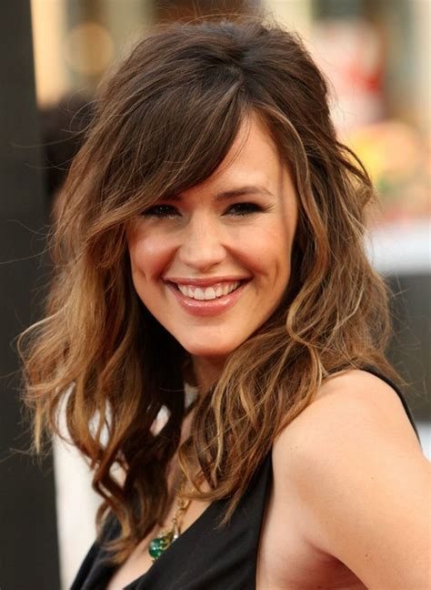 retro messy long hair  highlights jennifer garners