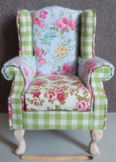 photos canapé anglais tissu fleuri