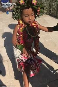 North West and Penelope Disick have Moana themed party ...