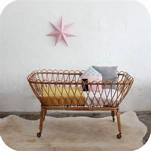 Lit Bebe Rotin : mobilier vintage lit b b rotin vintage atelier du petit parc ~ Teatrodelosmanantiales.com Idées de Décoration