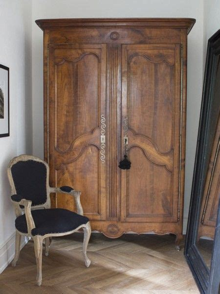 Coat Armoire Wardrobe by Best 25 Antique Wardrobe Ideas On Vintage