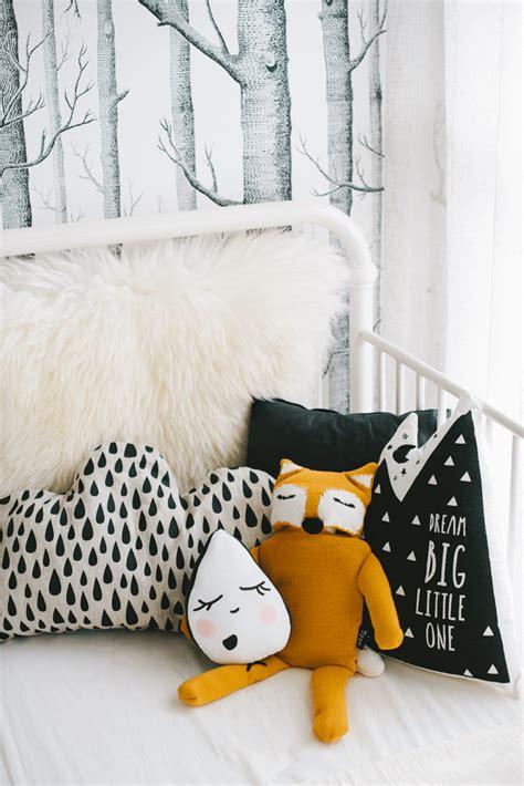 repeindre une chambre en 2 couleurs inspiration la chambre de notre baby boy frenchy fancy