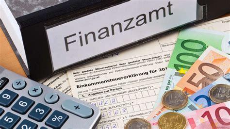 Steuern Sparen Mit Immobilien So Kuerzen Sie Die Zahlungen Den Fiskus by Steuerr 252 Ckerstattung Mit Steuer Rechner In 1 Minute
