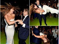 Oops! Sofia Vergara's Embarrasing Nip Slip At Emmy's