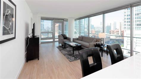 Tour A Suite Home Chicago 2bedroom At The New Wolf Point