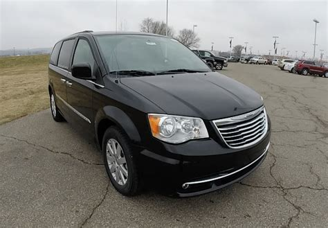 Lease A Chrysler Town And Country by 2015 Chrysler Town Country Touring Black New Minivan