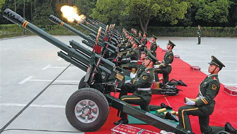 Many Cooks Tracking Labor Market Dynamics In Food The Salute Squadron Perform Their Duty In Shanghai Li