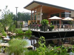 The kay and douglas ivester visitor center picture of for Gainesville botanical gardens