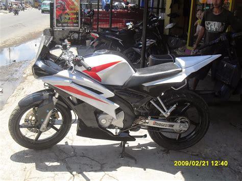 Kawasaki 250 Modifikasi Putih by Kawasaki Z250 Putih Modifikasi Thecitycyclist
