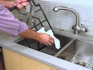 Nettoyer Une Plaque Vitrocéramique : nettoyer une table de cuisson au gaz bosch youtube ~ Melissatoandfro.com Idées de Décoration