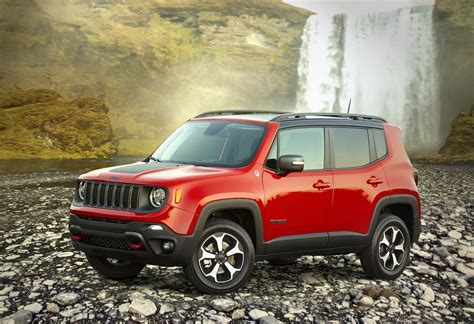 Jeep Renegade 2020 Hybrid by Jeep To Launch Renegade In Hybrid In 2020