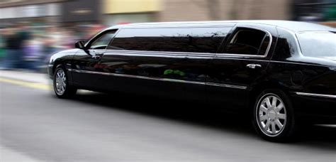 Limousine Driver by How To Become A Limo Driver The Throttle