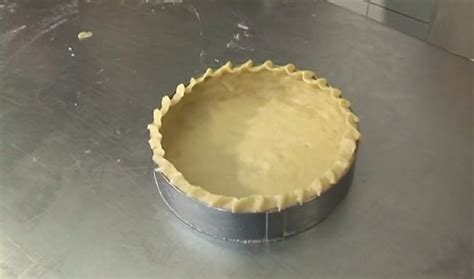 chiqueter une pate  tarte video