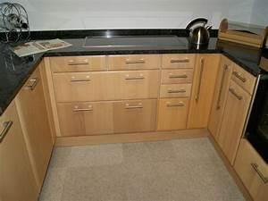 Kuche kuche buche modern kuche buche modern kuche for Welche arbeitsplatte zu buche küche