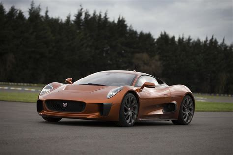 Sports Cars : Jaguar Sacrifices Two Sports Cars In Favor Of Electric Suv