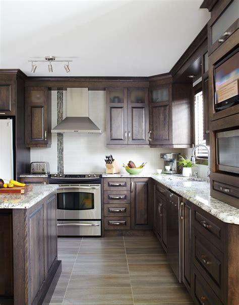 cuisines classiques armoires de cuisine classiques en merisier québec simard
