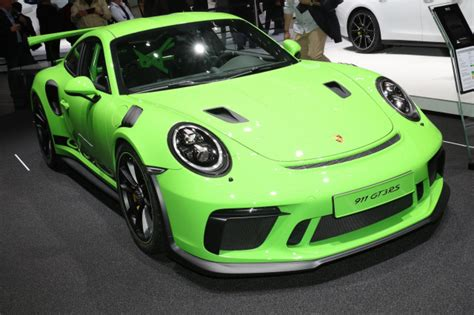 911 Gt Rs by 2019 Porsche 911 Gt3 Rs Revealed Priced From 188 550