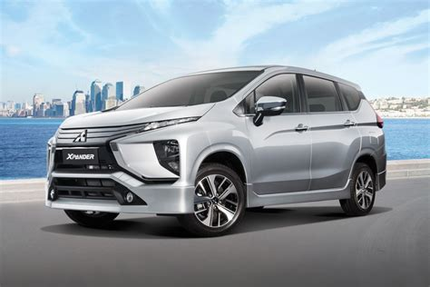 Mitsubishi Xpander Limited Picture by Mitsubishi Offers Free Gopro 5 To All Xpander Buyers