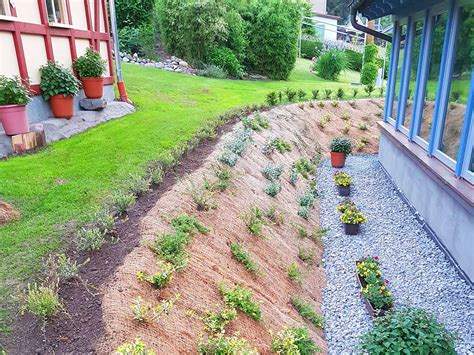 Garten Hang Bepflanzen by Hang Befestigen Bepflanzen Und Mit Der B 246 Schungsmatte